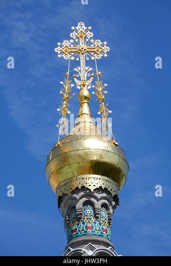 Golden Cross der russischen Kapelle auf der Mathildenhöhe, Darmstadt, Hessen, Hermany, Europa ich Mit Dem Hochzeitsturm Stockbild