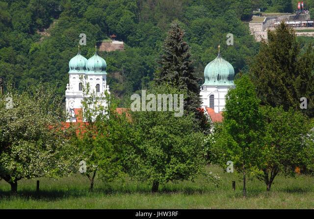 Türme der Kathedrale St. Stephan in Passau, Deutschland, Europa ich Dom St. Stephan, Altstadt, Passau, Niederbayern, Stockbild