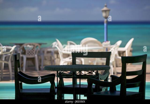 Karibik, Grand Turk Island, Osprey Beach Hotel, Terrasse, Sitzplatz, Pool Stockbild