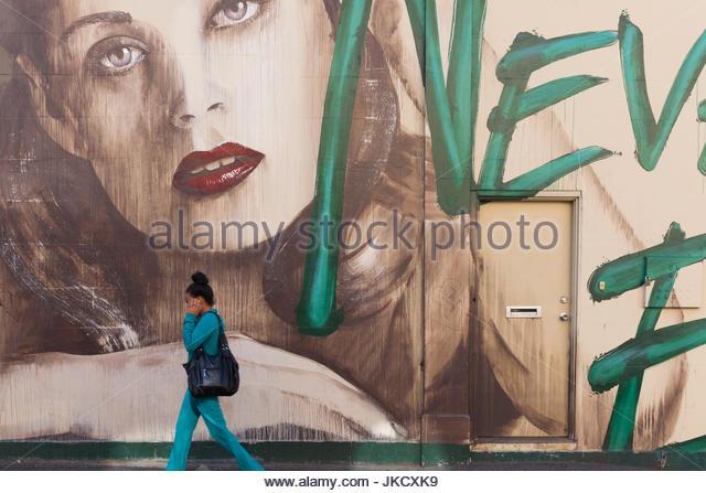 Australien, Victoria, VIC, Melbourne, Fitzroy, Brunswick Street, street Wandbild Stockbild