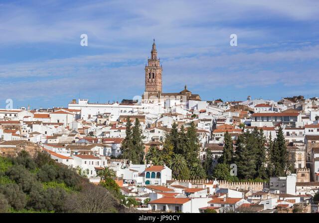 Spanien, Extremadura Region Jerez de Los Caballeros Stadt, San Miguel Church belry Stockbild
