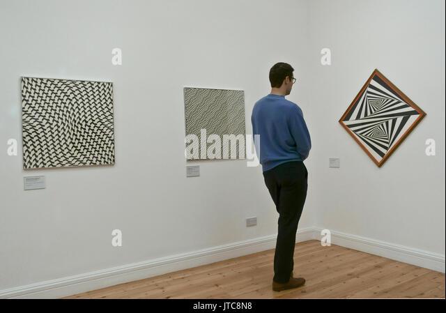 Franco Grignani Estorick geometrische Abstraktion Gemälde Galerie Islington London Stockbild