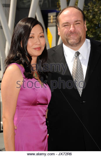 Datei Foto: 13. September 2008 - Los Angeles, Kalifornien - James Gandolfini und Frau Deborah Lin. 60. jährlichen Stockbild