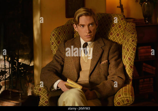 Auf Wiedersehen, Christopher Robin 2017 Fox Searchlight Pictures Film mit Domhnall Gleeson als A.A. Milne Stockbild