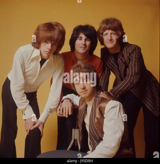 Die IVEYS UK pop Gruppe im Dezember 1968. Im Uhrzeigersinn von links oben: Mike Gibbins, Tom Evans, Peter Schinken, Stockbild