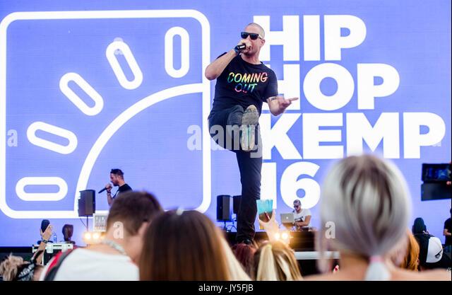 Hradec Kralove, Tschechische Republik. 17 Aug, 2017. Vladimir Broz - Wladimir 518 (links) der PSH Band tritt am Stockbild