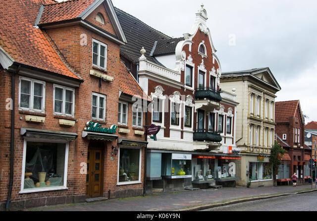 19. Streetscape auf Lubeckerstrasse in Eutin, Schleswig-Holstein Stockbild