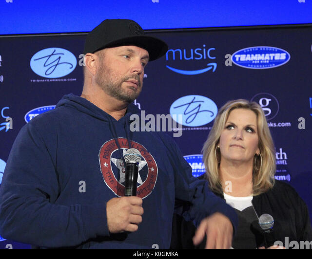 Garth Brooks World Tour mit Trisha Yearwood Pressekonferenz im Forum Mit: Garth Brooks, Trisha Yearwood, Wo: Inglewood, Stockbild