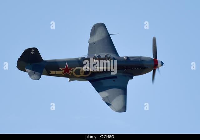 Wird Greenwood fliegen sein Jakowlew Yak 3 Kämpfer an der Kleinen Gransden Kinder in Not Airshow. Platz für Stockbild