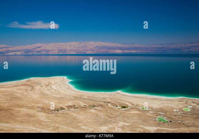 Israel, Totes Meer, Metzoke Dragot, Erhöhte Ansicht des Toten Meeres Stockbild