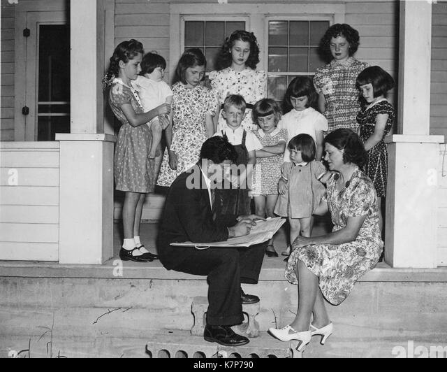 1940 boy stockfotos 1940 boy bilder seite 2 alamy. Black Bedroom Furniture Sets. Home Design Ideas