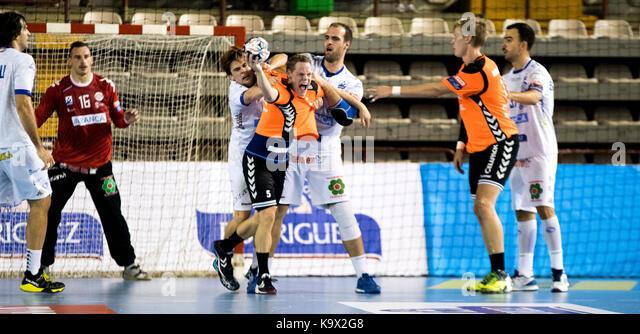 Leon, Spanien. 24. September 2017. Während der Handball Match von 2017/2018 EHF Champions League zwischen CB Stockbild