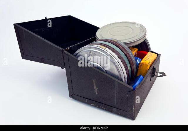 Alte Metallgehäuse mit 8-mm-Film Filme aus den 1940er und den 1950er Jahren. Stockbild