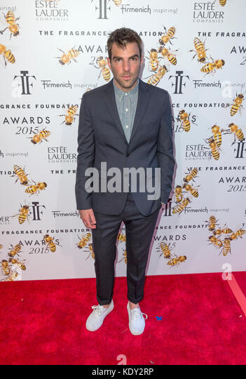 New York, NY - 17. Juni 2015: Zachary Quinto besucht 2015 Fragrance Foundation Awards in der Alice Tully Hall im Stockbild