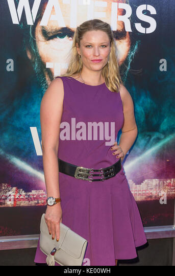 New York, NY - 28. September 2015: Kiera Chaplin besucht Roger Waters the wall New York Premiere auf Ziegfeld Theater Stockbild