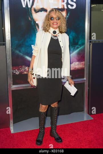New York, NY - 28. September 2015: ann Dexter-Jones besucht Roger Waters the wall New York Premiere auf Ziegfeld Stockbild