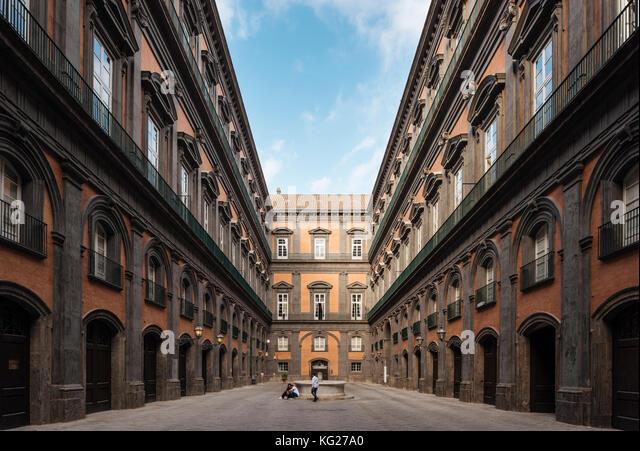 Die Biblioteca Nazionale di Napoli Vittorio Emanuele Iii, Neapel, Kampanien, Italien, Europa Stockbild