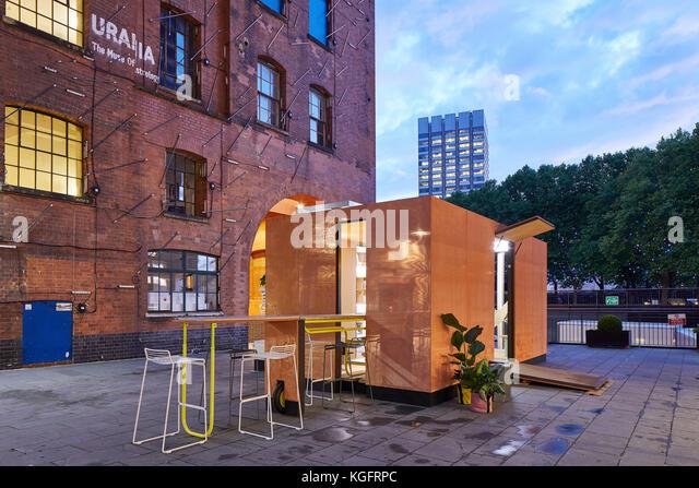 Oblique Erhebung mit Kontext. Der Stack - mini Living urban Kabine, London, Großbritannien Architekt: sam Jacob Stockbild