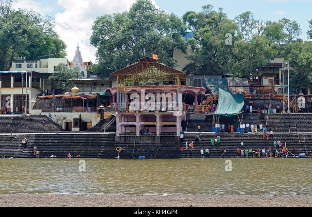 Narsobawadi Ghat auf Krishna Fluss, Kolhapur, Maharashtra, Indien, Asien Stockbild