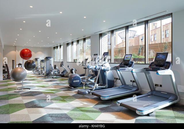 Fitnessraum Interieur. 55 Victoria Street, London, Großbritannien Architekt: steif+trevillion Architekten, Stockbild