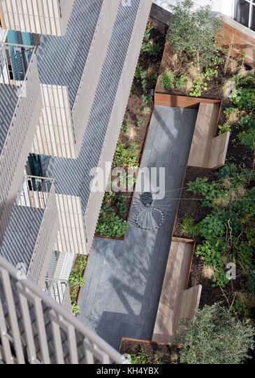 Blick vom Balkon zum Garten. 55 Victoria Street, London, Großbritannien Architekt: steif+trevillion Architekten, Stockbild