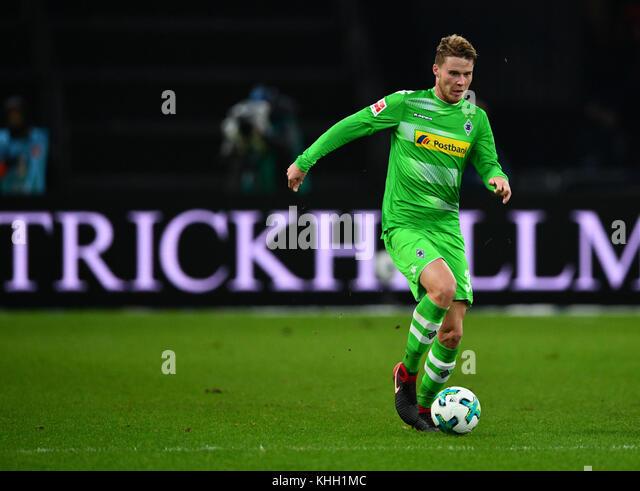 Berlin, Deutschland. 18 Nov, 2017.moenchengladbach Nico elvedi während der deutschen Bundesliga Fußball Stockbild