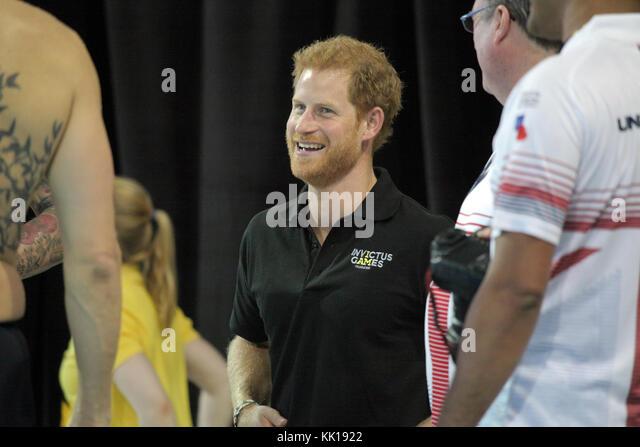 Vereinigtes Königreich Prinz Harry von Wales trifft sich mit Athleten konkurrieren in der invictus Games auf Stockbild