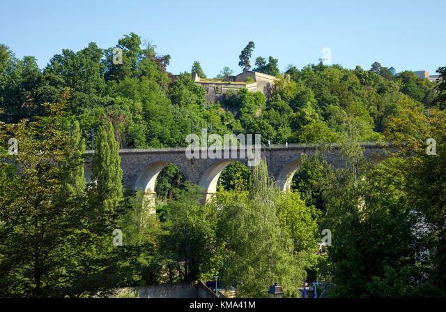 Pfaffenthal Viadukt, eine Eisenbahnbrücke in der Stadt Luxemburg, Luxemburg, Europa Stockbild