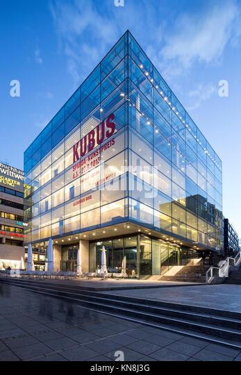 Kubus, Museum für Moderne Kunst, Hannover, Deutschland Stockbild