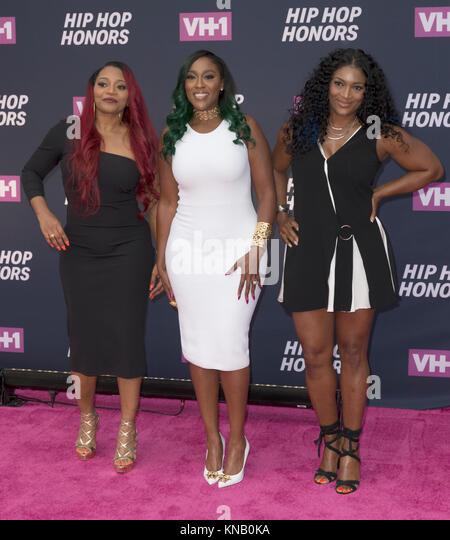 New York, NY - 11. Juli 2016: SWV: Leanne Lelle Lyons, Cheryl Coko Gamble, Tamara Johnson-George besuchen 2016 VH1 Stockbild