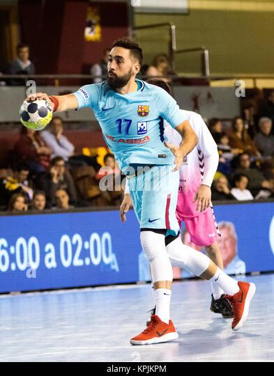 Leon, Spanien. 16. Dezember, 2017. Valero Rivera (FC Barcelona) in Aktion während der Handball Match von 2017/2018 Stockbild