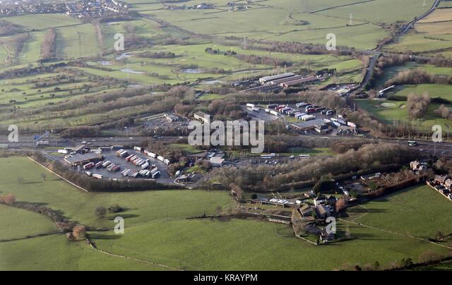 Luftaufnahme von Hartshead Moor Services Welcome Break services auf M62, West Yorkshire, UK Stockbild