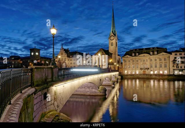 Munster Brücke, Fraumunster, Limmat, Zürich, Schweiz Stockbild