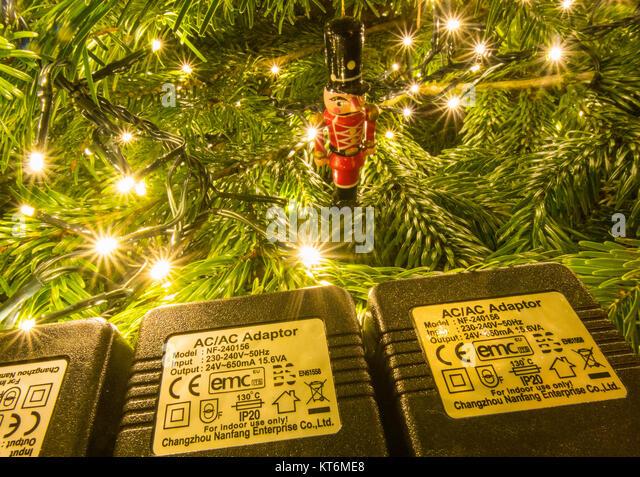 Weihnachten Lichterketten, IP 20 Sicherheit Bewertung und andere Sicherheitssymbole Stockbild
