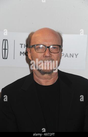 """NEW YORK, NY - 14. April: Paul Haggis besucht die """"Der Teufel und die Tiefe blaue Meer"""" während des Stockbild"""