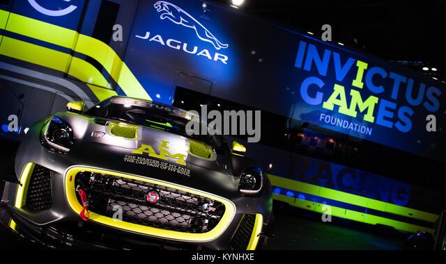 Mission Motorsport starten die Invictus Games Racing Team Jaguar F-Type auf der Autosport International Racing Car Stockbild