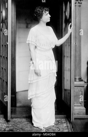 Helen Keller (1880-1968). Phototgraph der Taubblinden Autor und politischer Aktivist von Gerhard Schwestern, c 1914 Stockbild