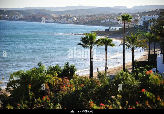 Wunderbare Aussicht auf das Mittelmeer in der Nähe von Estepona Hafen Stockbild