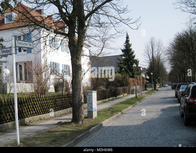 Breisacher Straße Berlin-Dahlem Stockbild