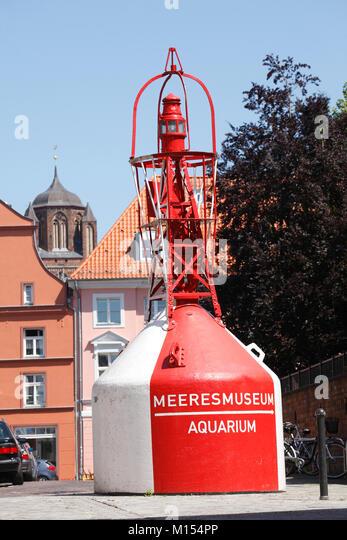 Boje an Deutsches Meeresmuseum Museum, Stralsund, Mecklenburg-Vorpommern, Deutschland, Europa IBoje beim Deutschen Stockbild