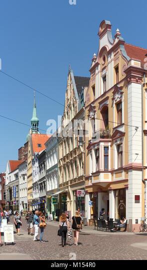 Ossenreyer Straße mit alten Häusern, Altstadt, Stralsund, Mecklenburg-Vorpommern, Deutschland, Europa Stockbild