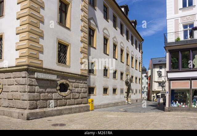 Die historischen Ratskeller (Keller des Rathauses) in Regensburg, Bayern, Deutschland. Stockbild