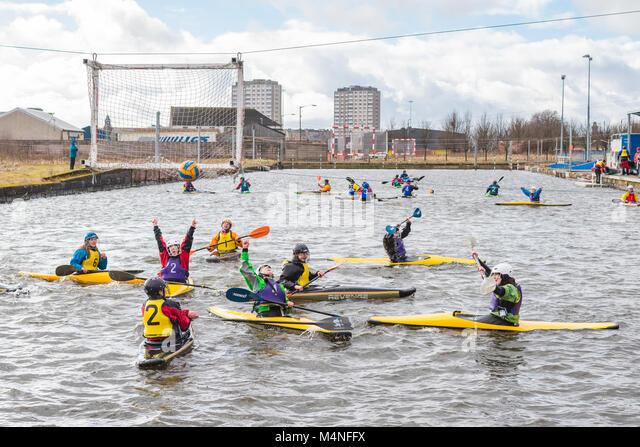 Glasgow, Schottland, Großbritannien. 17 Feb, 2018. Als der Ball im Netz zum 3. mal Hits, Universität Aberdeen Stockbild