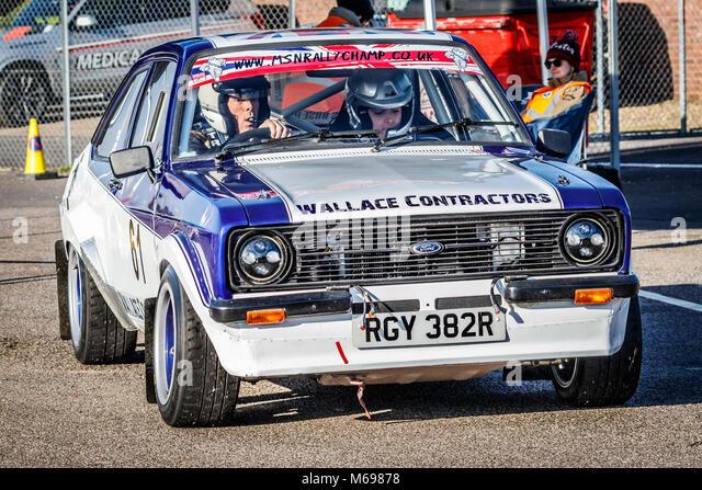 Vince Sillett und Sammy Keeley im Ford Escort MK2 im Fahrerlager am 2018 Motorsport News Snetterton Bühne Rally, Stockbild