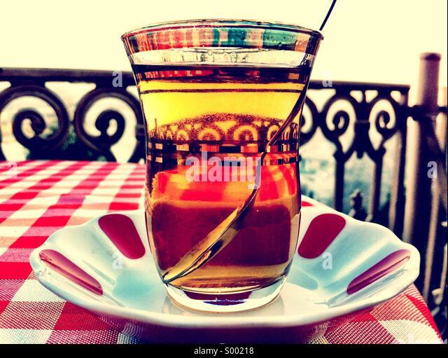 Apfel-Tee In einer Tasse türkischen Tee Stockbild