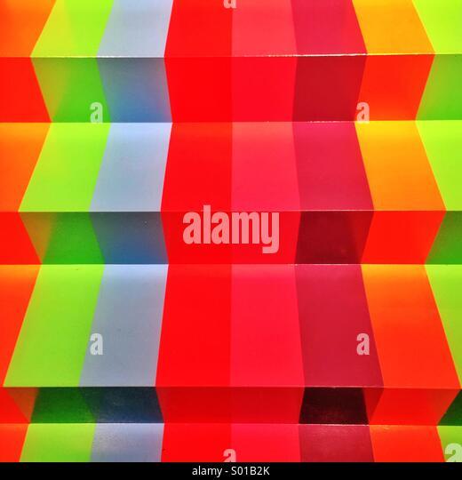 Regenbogen farbige Stufen am National Gallery of Victoria Stockbild