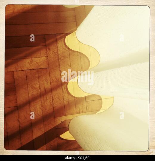 Boden und Vorhang mit Schatten Stockbild