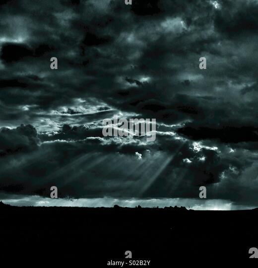 Dramatischer Himmel Stockbild