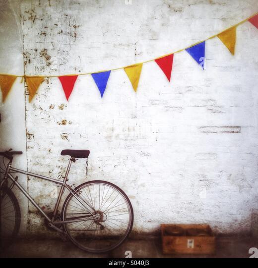 Das Fahrrad und das Bunting Stockbild