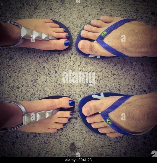 Passende Füße Stockbild